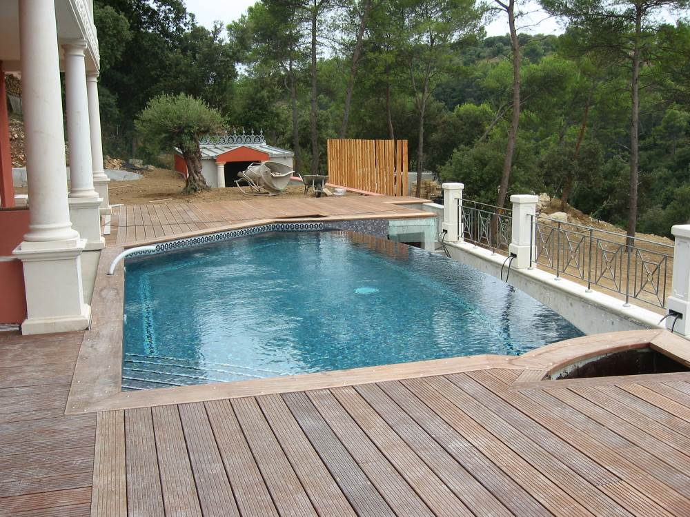 Constructeur maison en bois extension concepteur grasse for Constructeur piscine 06